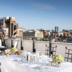 The Beaumont Hotel балкон