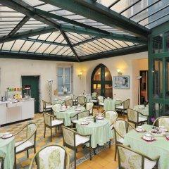 Отель Le Phénix Hôtel Франция, Лион - отзывы, цены и фото номеров - забронировать отель Le Phénix Hôtel онлайн питание фото 3