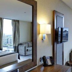 Leonardo Royal Hotel London Tower Bridge 4* Представительский номер с различными типами кроватей