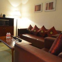 Отель Shanghai Airlines Travel Hotel Китай, Шанхай - 1 отзыв об отеле, цены и фото номеров - забронировать отель Shanghai Airlines Travel Hotel онлайн комната для гостей фото 8