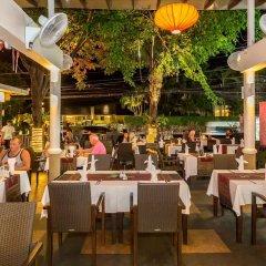 Отель Thara Patong Beach Resort & Spa Таиланд, Пхукет - 7 отзывов об отеле, цены и фото номеров - забронировать отель Thara Patong Beach Resort & Spa онлайн питание фото 3