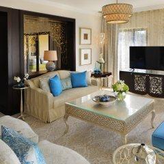One & Only Royal Mirage Arabian Court Hotel комната для гостей