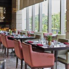 Отель Crowne Plaza New Delhi Rohini Индия, Нью-Дели - отзывы, цены и фото номеров - забронировать отель Crowne Plaza New Delhi Rohini онлайн питание фото 3