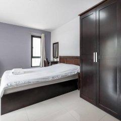 Отель Double Two@Sathorn Бангкок комната для гостей фото 5
