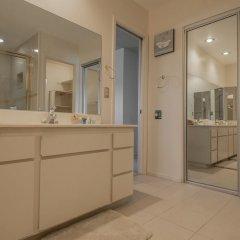 Отель Luxurious 5BR near Las Vegas Strip США, Лас-Вегас - отзывы, цены и фото номеров - забронировать отель Luxurious 5BR near Las Vegas Strip онлайн ванная фото 3