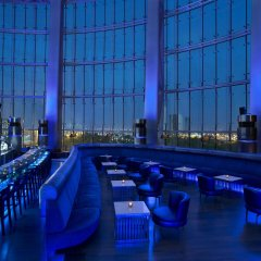 Отель Hilton Capital Grand Abu Dhabi бассейн