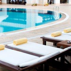 Oz Hotels SUI Турция, Аланья - 1 отзыв об отеле, цены и фото номеров - забронировать отель Oz Hotels SUI - All Inclusive онлайн бассейн фото 2