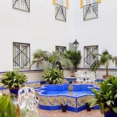 Отель Eurostars Regina Испания, Севилья - 1 отзыв об отеле, цены и фото номеров - забронировать отель Eurostars Regina онлайн бассейн фото 2