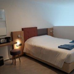 Protaras Plaza Hotel сейф в номере