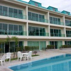 Апартаменты Condor Apartment бассейн
