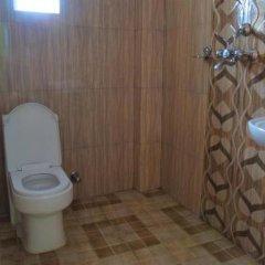 Отель Blossom Непал, Покхара - отзывы, цены и фото номеров - забронировать отель Blossom онлайн ванная