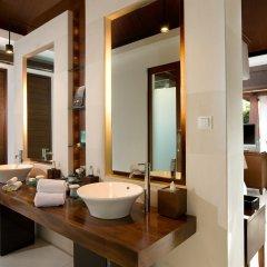 Отель The Kayana Villa ванная