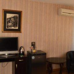 Bon Bon Hotel 3* Люкс с различными типами кроватей фото 8