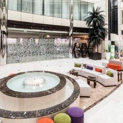 Отель Holiday Inn Dubai - Al Barsha бассейн фото 2