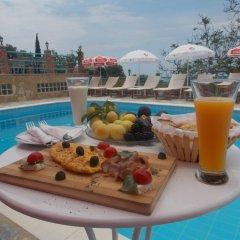 Отель Itaka Hotel Албания, Химара - отзывы, цены и фото номеров - забронировать отель Itaka Hotel онлайн бассейн фото 3