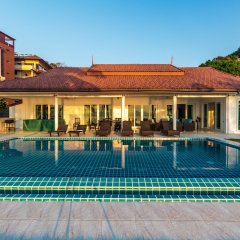 Отель On The Beach Villa by Lofty бассейн фото 2