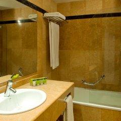 Hotel Silken Amara Plaza ванная фото 2