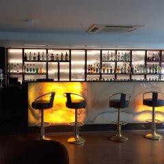 Kent Hotel Istanbul Турция, Стамбул - 3 отзыва об отеле, цены и фото номеров - забронировать отель Kent Hotel Istanbul онлайн гостиничный бар