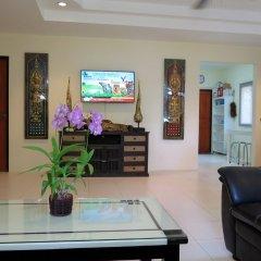 Отель Baan Kanittha - 4 Bedrooms Garden Villa комната для гостей фото 4