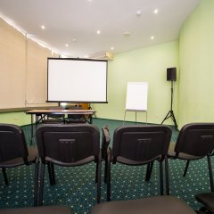 Гостиница Парк в Анапе 3 отзыва об отеле, цены и фото номеров - забронировать гостиницу Парк онлайн Анапа помещение для мероприятий