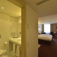 Отель Cristal München Германия, Мюнхен - 9 отзывов об отеле, цены и фото номеров - забронировать отель Cristal München онлайн ванная фото 2