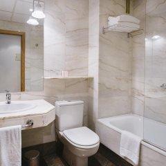 Отель Rafaelhoteles Atocha ванная фото 2