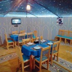 Отель Sahara Royal Camp Марокко, Мерзуга - отзывы, цены и фото номеров - забронировать отель Sahara Royal Camp онлайн питание фото 2