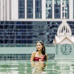 Отель Sofitel So Singapore бассейн