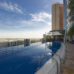 Al Salam Grand Hotel Apartment бассейн