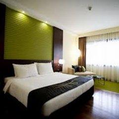 Отель Cinnamon Lakeside Colombo 5* Улучшенный номер с различными типами кроватей