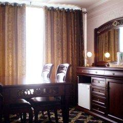 Mir Hotel In Rovno Ровно удобства в номере