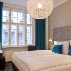 Отель Motel One Wien-Staatsoper Австрия, Вена - 1 отзыв об отеле, цены и фото номеров - забронировать отель Motel One Wien-Staatsoper онлайн комната для гостей фото 4