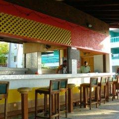 Отель Negril Beach Club гостиничный бар