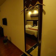 Dongzhi Hotel сейф в номере