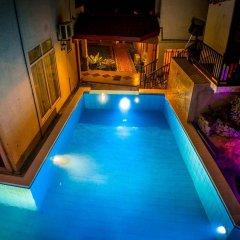 Отель Villa Baywatch Rumassala Шри-Ланка, Унаватуна - отзывы, цены и фото номеров - забронировать отель Villa Baywatch Rumassala онлайн бассейн фото 2