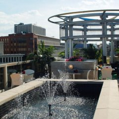 Beacon Hotel & Corporate Quarters фото 6