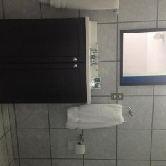 H Hotel And Suites Lopez Mateos ванная