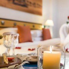 Отель Holiday International Sharjah в номере фото 2