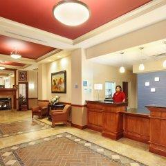 Отель Holiday Inn Express Hotel & Suites Columbus Univ Area - Osu США, Колумбус - отзывы, цены и фото номеров - забронировать отель Holiday Inn Express Hotel & Suites Columbus Univ Area - Osu онлайн интерьер отеля фото 2