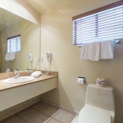 Отель Alexis Park All Suite Resort ванная