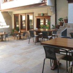 Simre Hotel бассейн