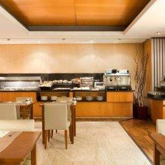 Отель Exe Cristal Palace Испания, Барселона - 12 отзывов об отеле, цены и фото номеров - забронировать отель Exe Cristal Palace онлайн питание фото 2