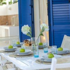 Отель Mimosa Seafront Villa Кипр, Протарас - отзывы, цены и фото номеров - забронировать отель Mimosa Seafront Villa онлайн питание фото 2