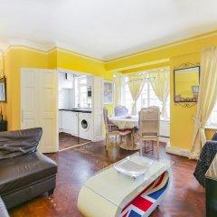 Отель Luxury Baker Street Apartment Великобритания, Лондон - отзывы, цены и фото номеров - забронировать отель Luxury Baker Street Apartment онлайн комната для гостей фото 2
