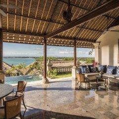 Отель Four Seasons Resort Bali at Jimbaran Bay интерьер отеля