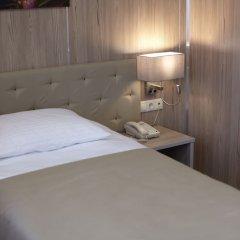 Гостиница Централь в Кургане 2 отзыва об отеле, цены и фото номеров - забронировать гостиницу Централь онлайн Курган комната для гостей фото 2