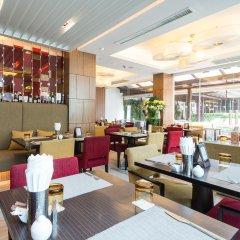 Отель Legacy Suites Sukhumvit by Compass Hospitality Таиланд, Бангкок - 2 отзыва об отеле, цены и фото номеров - забронировать отель Legacy Suites Sukhumvit by Compass Hospitality онлайн питание
