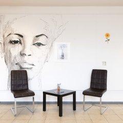 Отель Hardrock Motown Dom Hostel Германия, Кёльн - отзывы, цены и фото номеров - забронировать отель Hardrock Motown Dom Hostel онлайн интерьер отеля фото 2