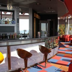 Отель Dajti Tower Belvedere Hotel Албания, Тирана - отзывы, цены и фото номеров - забронировать отель Dajti Tower Belvedere Hotel онлайн гостиничный бар