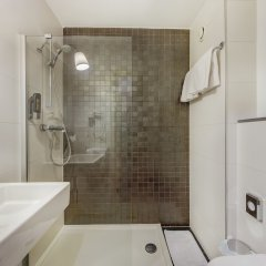 Отель Eden Antwerp By Sheetz Hotels Антверпен ванная фото 2